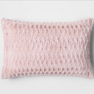 Super soft blush pink faux fur Pillowcase 2-pack